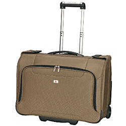 Garment carrier bag for business traveler