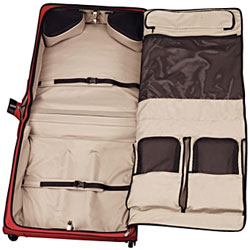 Find the right garment bag for you